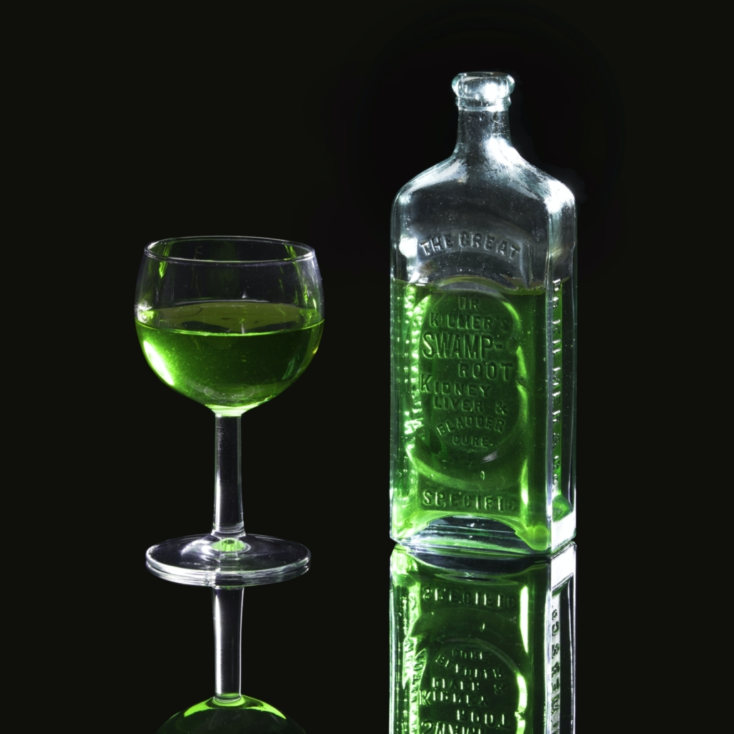 A picture of a liqueur called Absinthe.